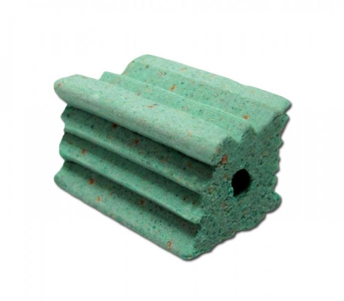 Deve-se colocar 1 bloco extrusado de 20g em cada toca e/ou em cada ponto de iscagem.